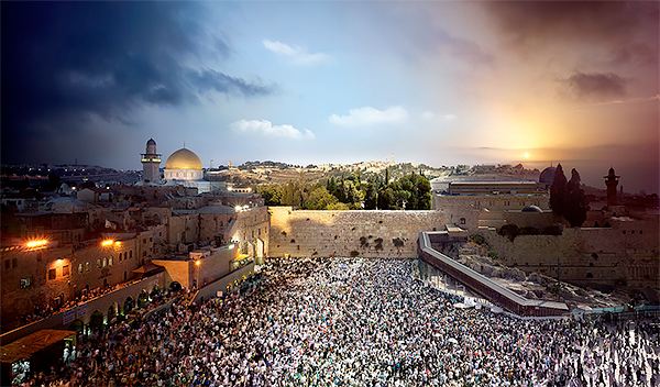 Day to Night, Western Wall, Jerusalem 2012<p>© Stephen Wilkes</p>
