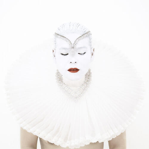 Kimiko Yoshida - THE RUBENS BRIDE (VAN CLEEF & ARPELS). SELF-PORTRAIT, 2008