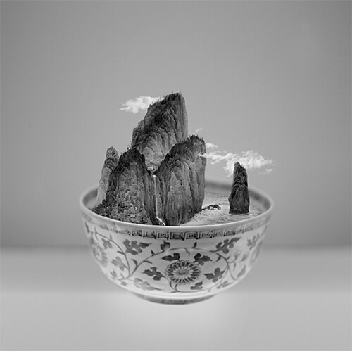 Yang Yongliang - A Bowl of Taipei N.1 ©Yang Yongliang / courtesy Galerie Paris-Beijing