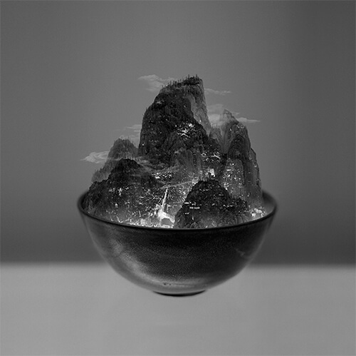 Yang Yongliang - A Bowl of Taipei N.3 ©Yang Yongliang / courtesy Galerie Paris-Beijing
